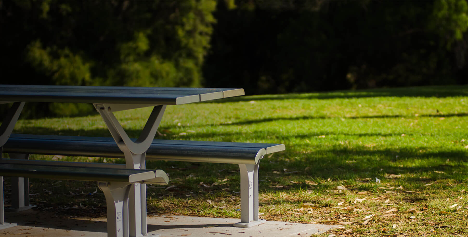 Tables - Gossi Park and Street Furniture