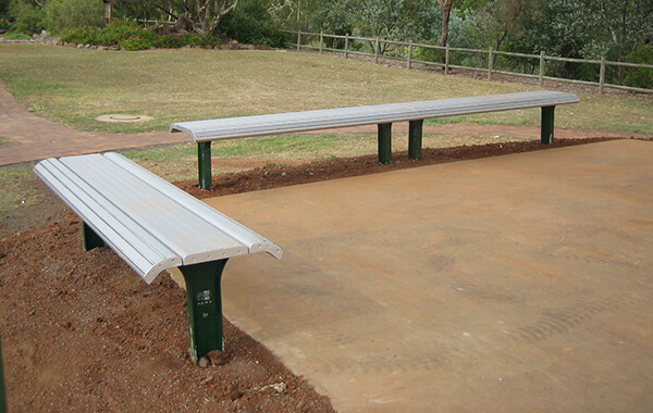 skate bench gossi park street furniture
